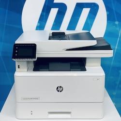 МФУ HP LaserJet Pro MFP M428dw RU (p/c/s, A4, 38 ppm, 512Mb, Duplex, 2 trays 100+250,ADF 50, USB 2.0/GigEth/Dual-band WiFi with Bluetooth Low Energy ,Cartridge 10 000 pages in box,1y warr., repl. F6W16A)