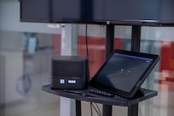 Система конференц-связи Slice G2 Meeting Rooms / i5-7500T / 8GB / 256GB M.2 2280 PCIe NVMe / Win 10 IOT / Microsoft SRS / 3yw / No kbd / No mouse / USB Video Ingest Module | USB Center of Room Control / Intel 8260 AC 2x2 BT